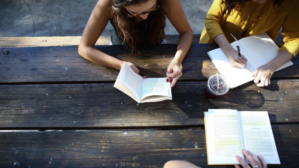 音読のメリット1:慣れれば作業感覚で実力が伸びていく。
